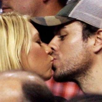 Enrique Iglesias with long-time girlfriend Anna Kournikova