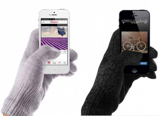 Mujjo's knit touchscreen gloves