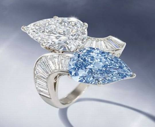 Bulgari rare blue diamond ring up for auction