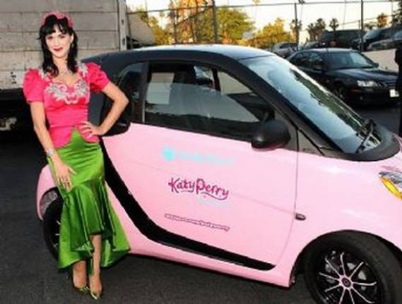 Dons Used Cars >> Pink Smart car