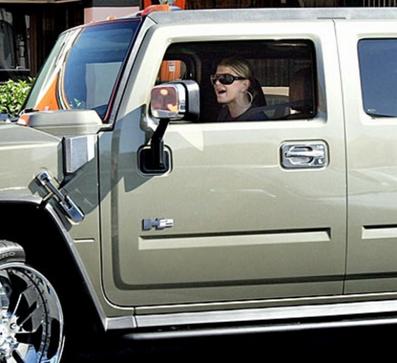 The singer has been spotted driving her Hummer H2 a number of times