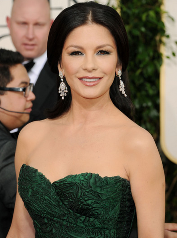 The artist donned her high-end designer earrings to the 68th Golden Globe Awards held in Los Angeles.