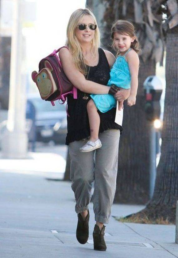 Gellar wore these biker boots while taking a walk with her daughter in Los Angeles on October 2012.