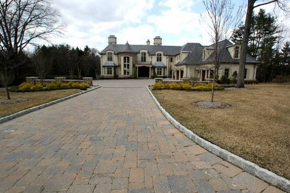 photo: house/residence of cool 10 million earning 1Saddle River, NJ, USA-resident