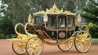 The £620K gold inlaid carriage to join the Royal Family