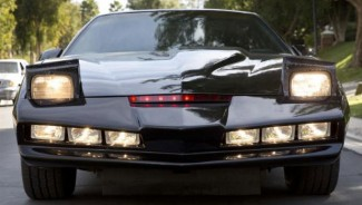 "Famed ""Knight Rider"" car goes up for auction"