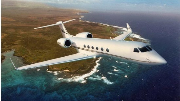 Gulfstream V car - Color: White  // Description: grand