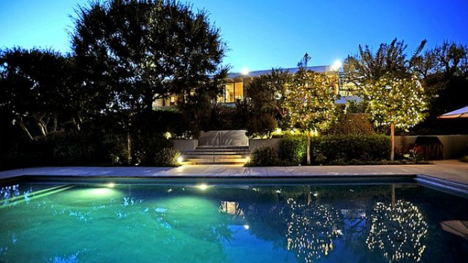 Jennifer Aniston mansion in Bel Air, California
