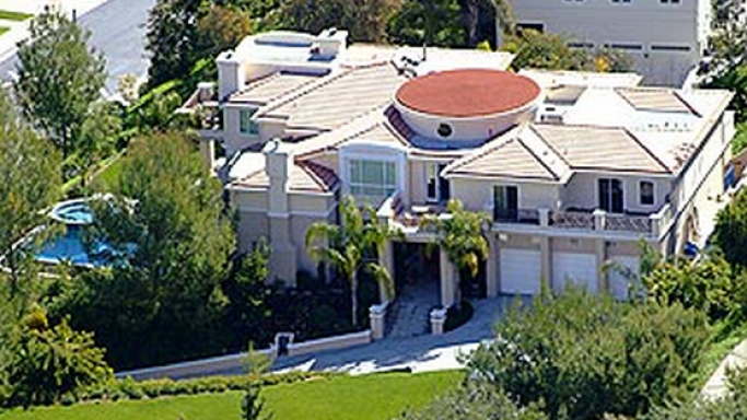Jessica Simpson mansion in Beverly Hills