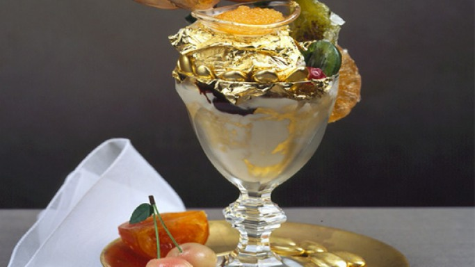 World's Most Expensive Ice Cream Sundae costs $1,000