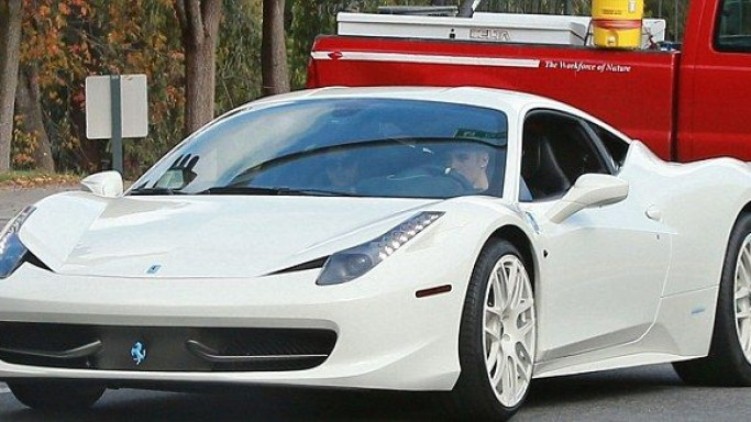 Ferrari 458 Italia car - Color: White  // Description: charming