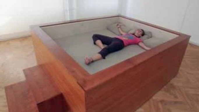 Musical Bed With Built-In Loudspeakers