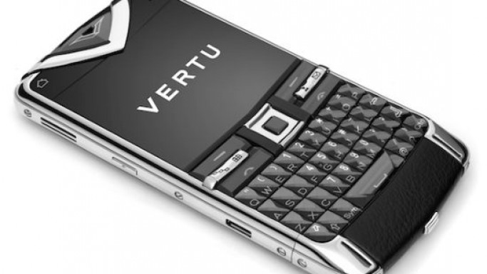Vertu Constellation Quest goes for the QWERTY keyboard