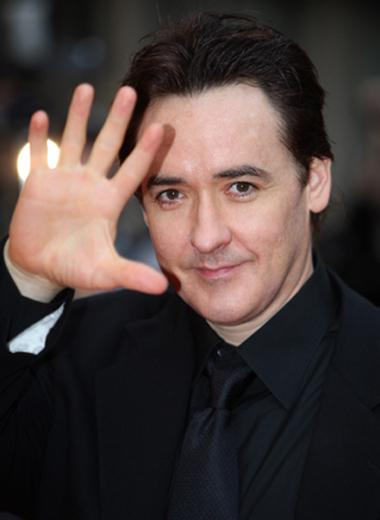 john cusack biography net worth quotes wiki assets cars homes and more. Black Bedroom Furniture Sets. Home Design Ideas