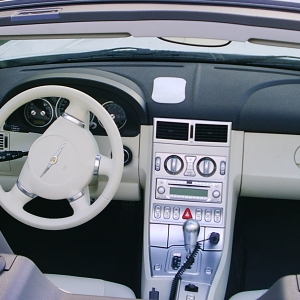 Chrysler Crossfire SRT-6 Interior