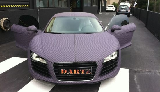 Dartz dresses the Audi R8 in chess skin